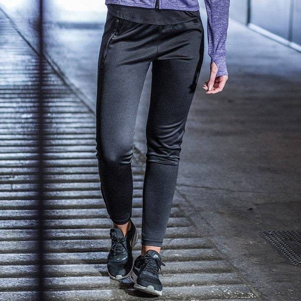 Women's slim leg jogger